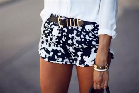 black and white patterned shorts outfit shorts black white shorts classy summer outfits black
