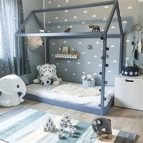 montessori room 25 best ideas about montessori room on