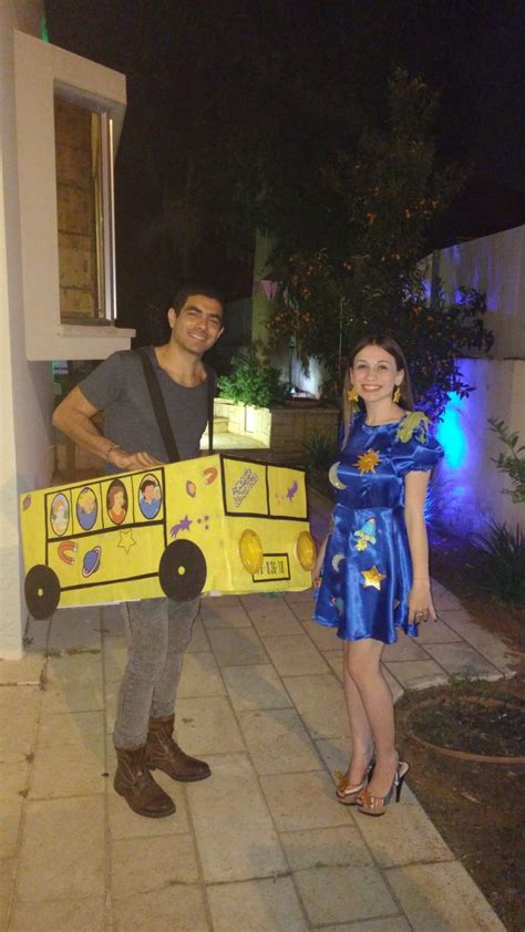 tom  jerry couple costume  halloween  person
