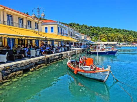 katakolon porto katakolon greece