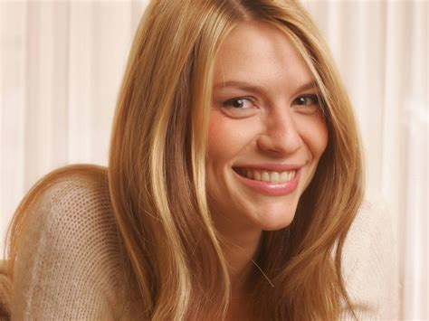 claire danes wallpaper claire danes images claire hd wallpaper and background