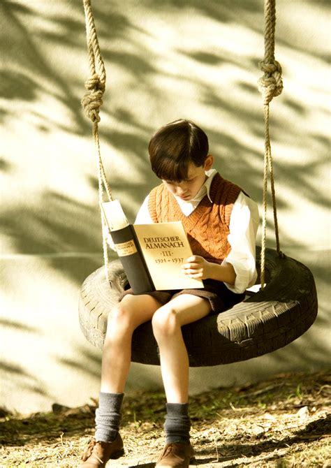 reading swing the boy in the striped pajamas picture 11