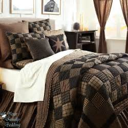 Bedroom modern king size quilt sets with cushions also