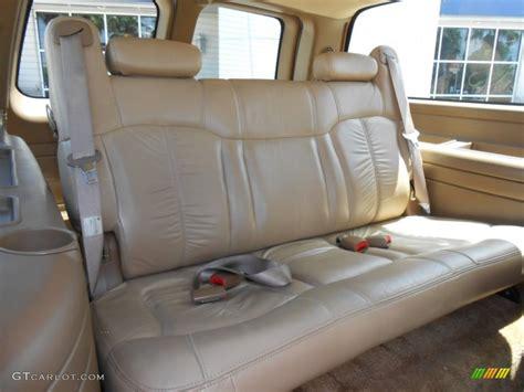 rear seats for suburban 2000 chevrolet suburban 2500 lt 4x4 rear seat photo