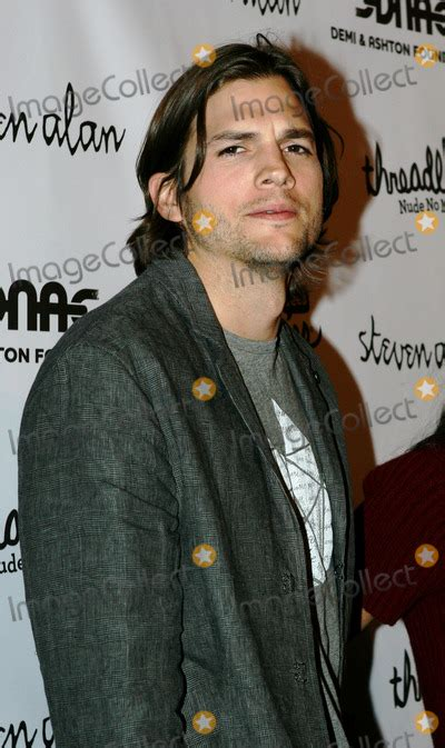 Dont Ask Ashton Kutcher Anything Personal by Photos And Pictures Actor Ashten Kutcher At The Launch