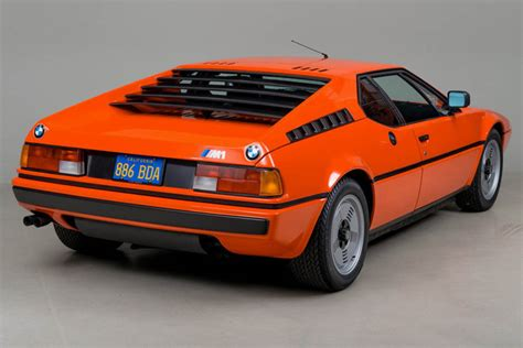Bmw M 1 by Who S Going To Pay 745 000 For This Bmw M1 Carscoops