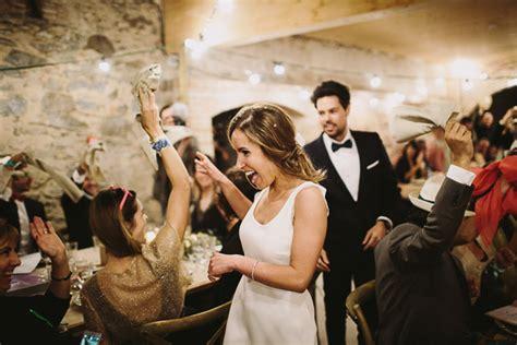 entrada banquete boda las mejores canciones para la entrada al banquete a todo