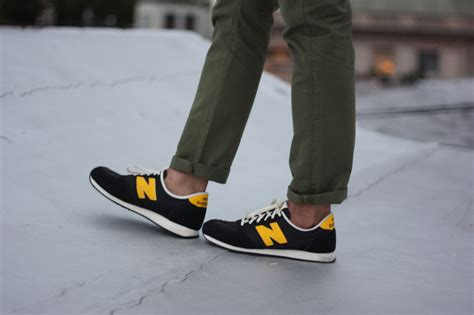 new balance black and yellow s fashion