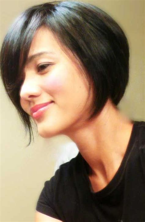bobs of the 90s short hairstyles 244 best short wavy hairstyles images on pinterest