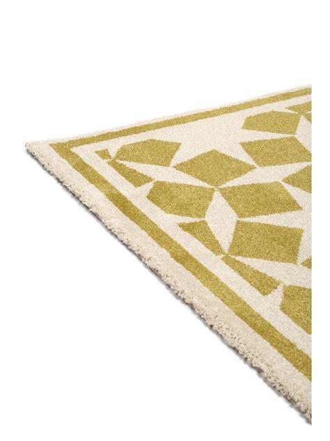 teppich geometrisch benuta teppich l 228 ufer anis gelb 60002863 geometrisch