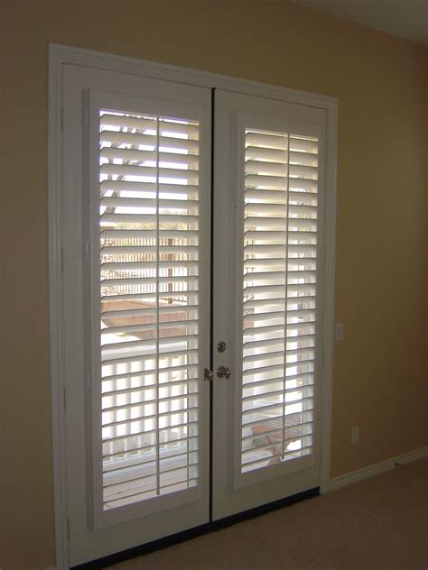 Door Shades For Doors With Windows by Window Treatment Ideas For Doors 3 Blind Mice Window