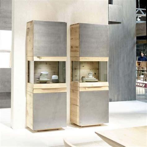 meuble colonne contemporain avec vitrine en ch 234 ne ou en noyer