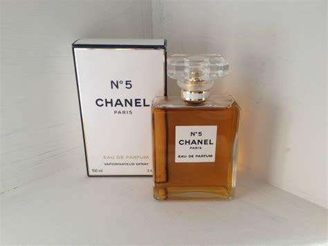 Parfum Chanel No 5 Asli beautifully superfluous review chanel no5 eau de parfum