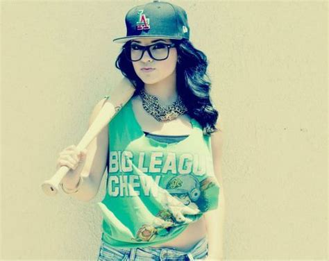 girls with swag and snapbacks tumblr girls with swag on tumblr