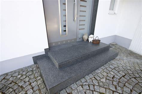 küchen granit arbeitsplatten k 252 che 187 k 252 chenarbeitsplatte granit geflammt
