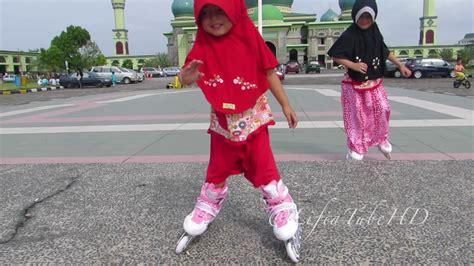 Sepatu Roda Anak Perempuan Frozen sepatu roda mainan anak lifia niala learn how to play