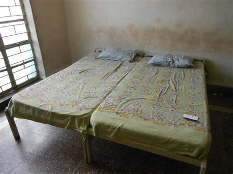 book a room in shirdi window picture of new bhakta niwas shirdi tripadvisor