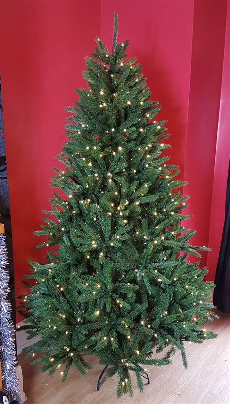 6ft arbour ultima christmas tree the 8ft arbor grande tree