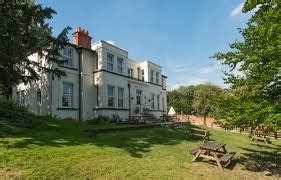 river thames youth hostel accommodation visit goring and streatley
