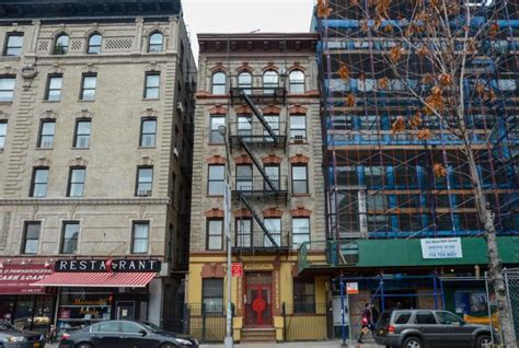 airbnb new york city airbnb blamed for nyc s high rents and dwindling housing