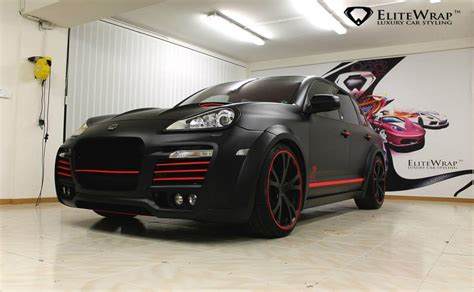 porsche cayenne matte red techart magnum wrapped in red and black matte satin gtspirit