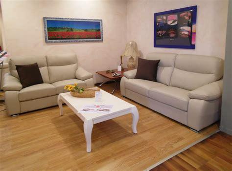 rosini divani prezzi salotto rosini pelle divani a prezzi scontati salotto