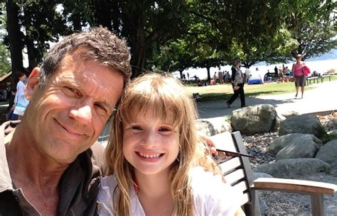 boating accident up north girl dead dad missing after boating tragedy in howe sound