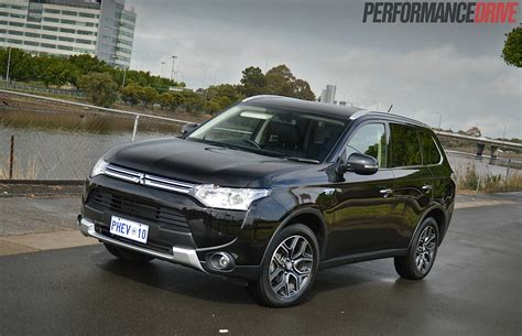 black mitsubishi outlander 2014 mitsubishi outlander phev aspire review video