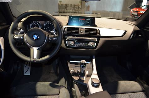 Bmw 1er 2017 Cockpit by Photo Gallery A Closer Look At The Bmw M140i Shadow Edition