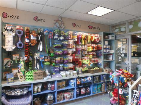 puppy store milwaukee pet stores milwaukee pets world