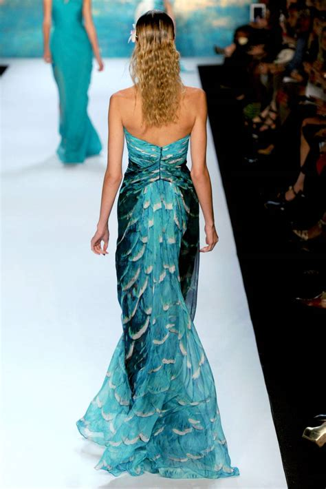 Fascinating Look In Sea Inspired How To Do Lhuillier 2013 Collection Is All About