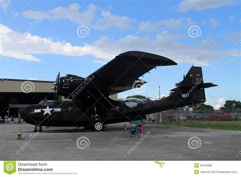 Air Second 2nd ww bomber on display memorial day editorial stock image image 39733389