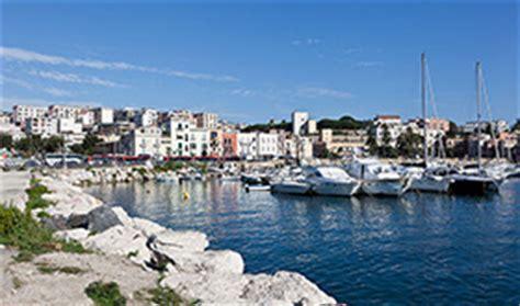 traghetti pozzuoli ischia porto porto di pozzuoli traghettiischia eu