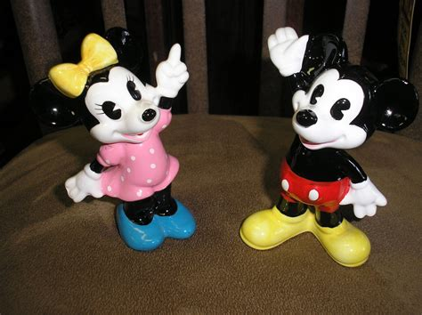 Disney Store Ceramic Figurines - vintage disney mickey minnie mouse ceramic figurines