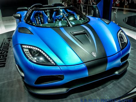 koenigsegg car blue lamborghini veneno hd wallpaper 2017 2018 cars reviews