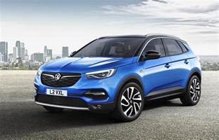 Vauxhall In Vauxhall Grandland X Revealed As Gm S New Mid Size Suv