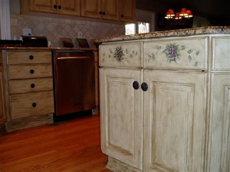 Painting Kitchen Cabinets Ideas Pictures | kitchen cabinet painting ideas that accent your kitchen