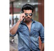 Cool Ramcharan Teja Stills From Yevadu