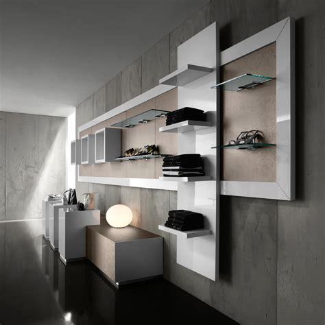 mobili per vetrine negozi arredamento per negozi di abbigliamento toscana belardi