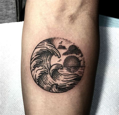 tiny wave tattoos tattoo com
