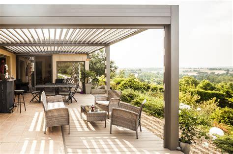 veranda prefabbricata pergola bioclimatique en aluminium technal