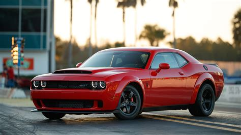 dodge challenger dodge challenger srt officially revealed