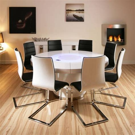 how to choose the right glass table and chairs