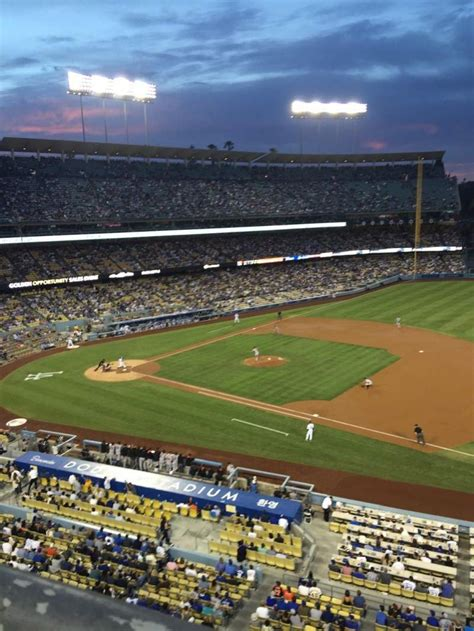 dodger stadium section rs row  seat  los angeles dodgers  san francisco giants
