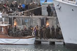 film locations for dunkirk cillian murphy and harry styles film scenes for dunkirk