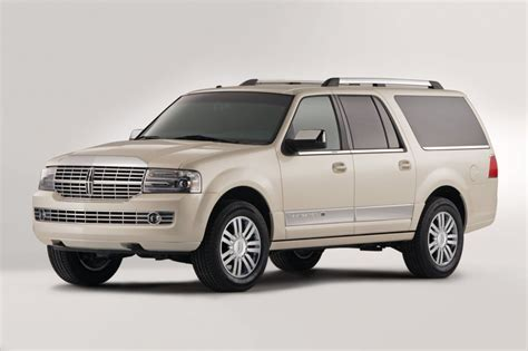 lincoln navagator 2013 lincoln navigator l pictures photos gallery the car