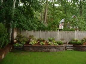 Small Backyard Retaining Wall Ideas