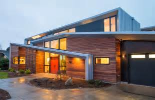Modern House Roof Modern Two Storey Home With Narrow Roof Lines By Elemental