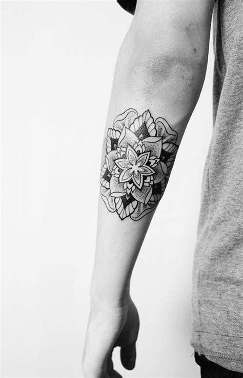 tattoo finger erfahrungen 63 best tattoos welt images on pinterest time tattoos