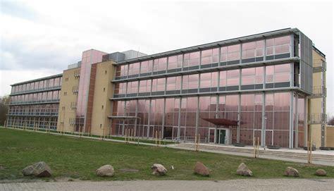 haus neubrandenburg file hochschule neubrandenburg haus 2 jpg wikimedia